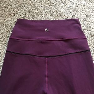 Lululemon size6 simply bare tight
